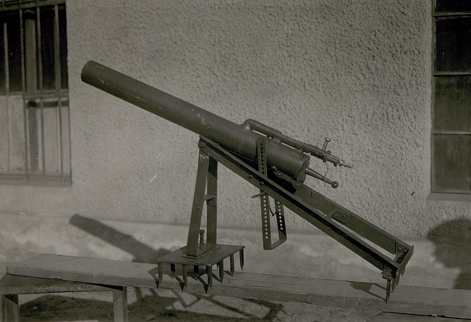 3 8 Bolt >> Aasen mortar - Wikipedia