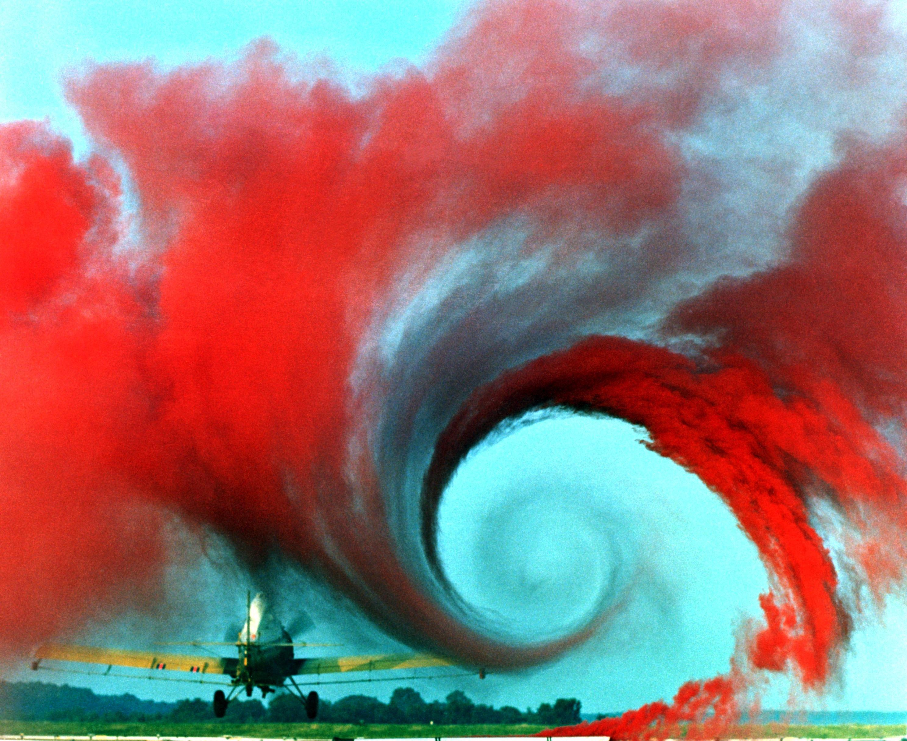 File:Airplane vortex.jpg