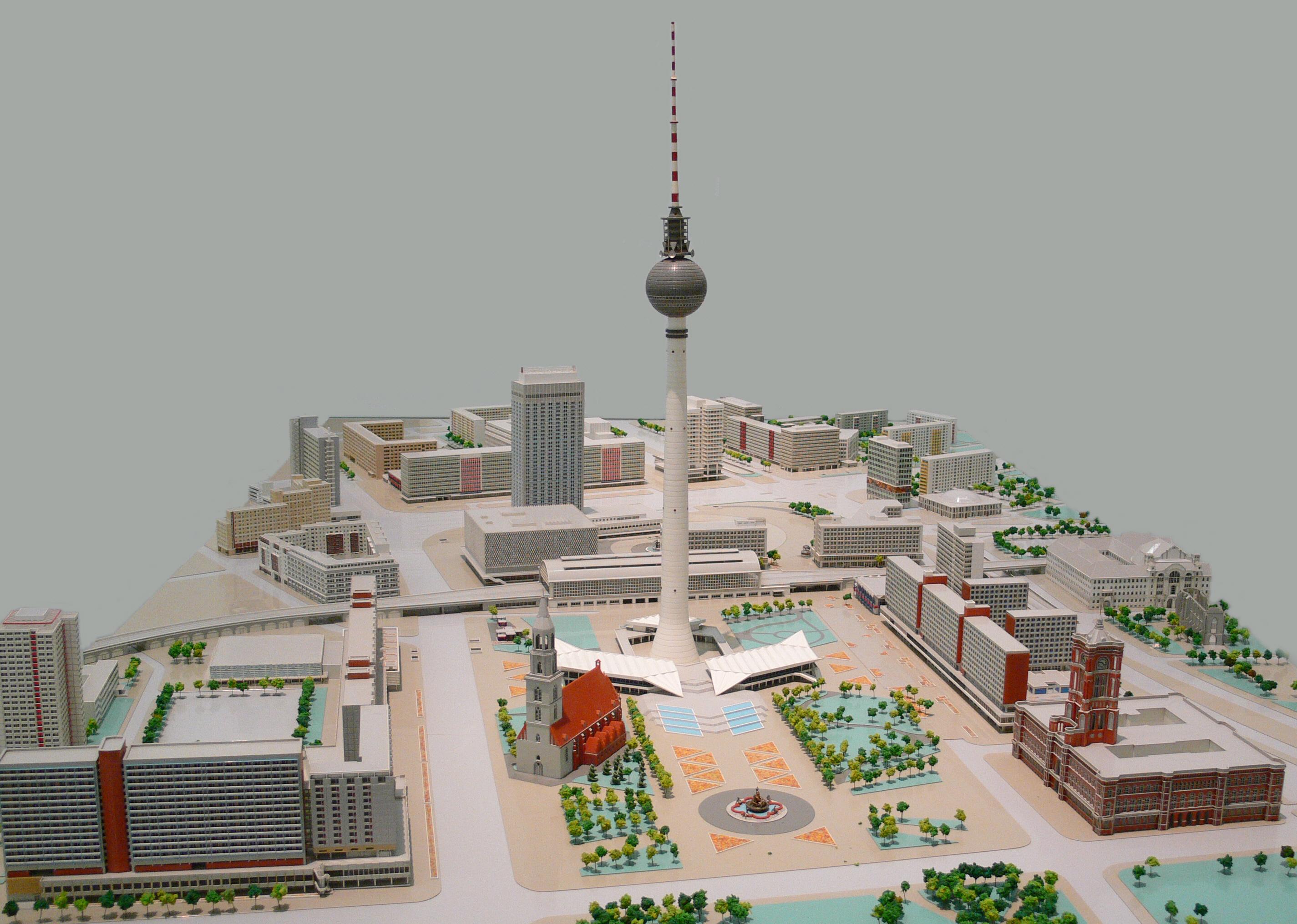 Alexanderplatz Stadtmodell 1.jpg