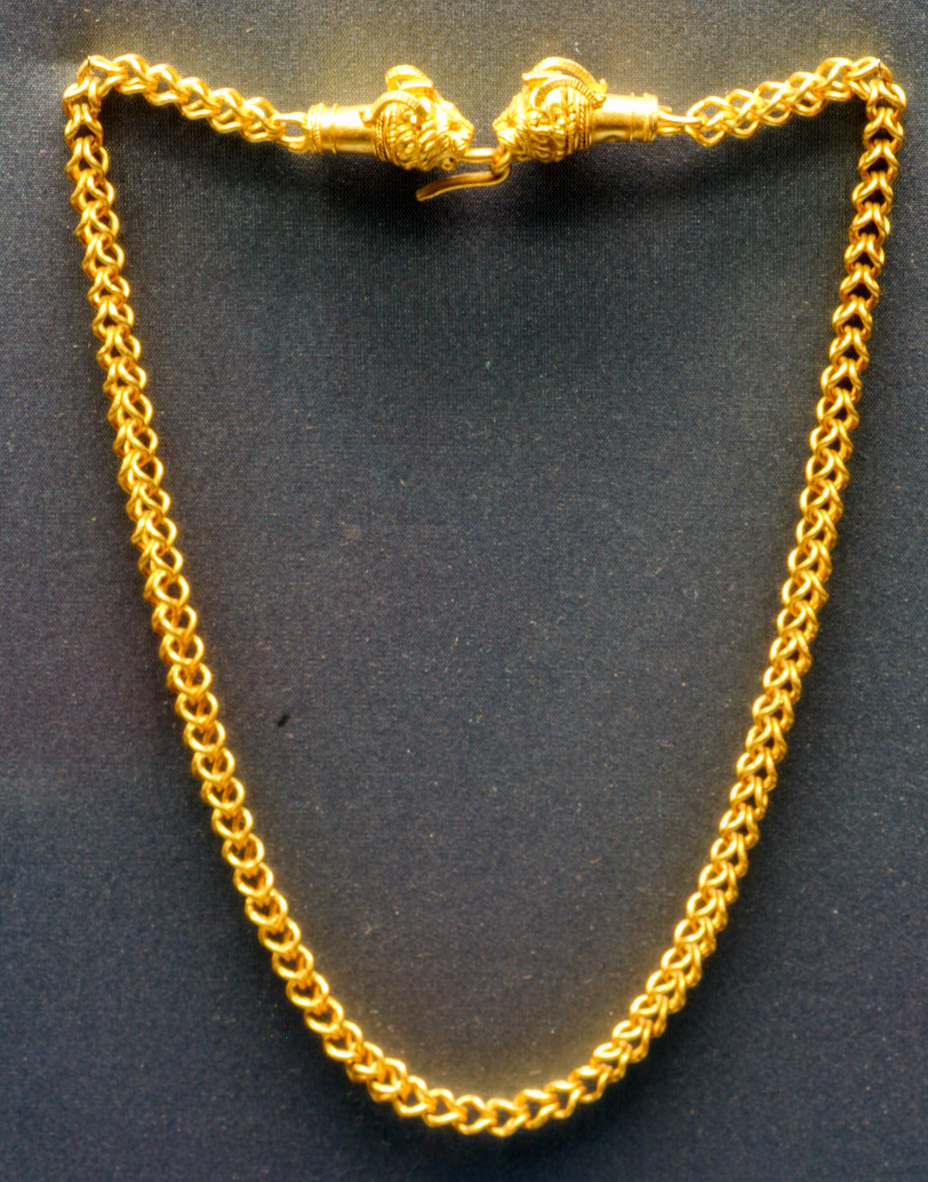 File:Ancient greek jewelry Staatliche Antikensammlungen ...