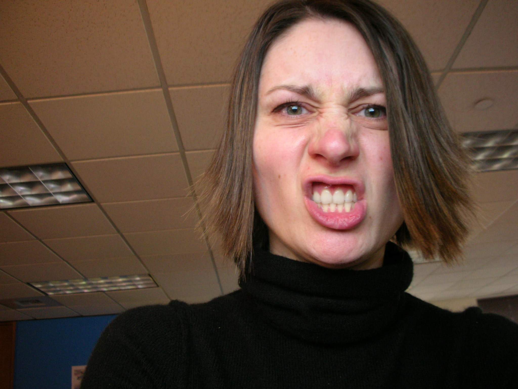 File:Angry woman.jpg - Wikimedia Commons