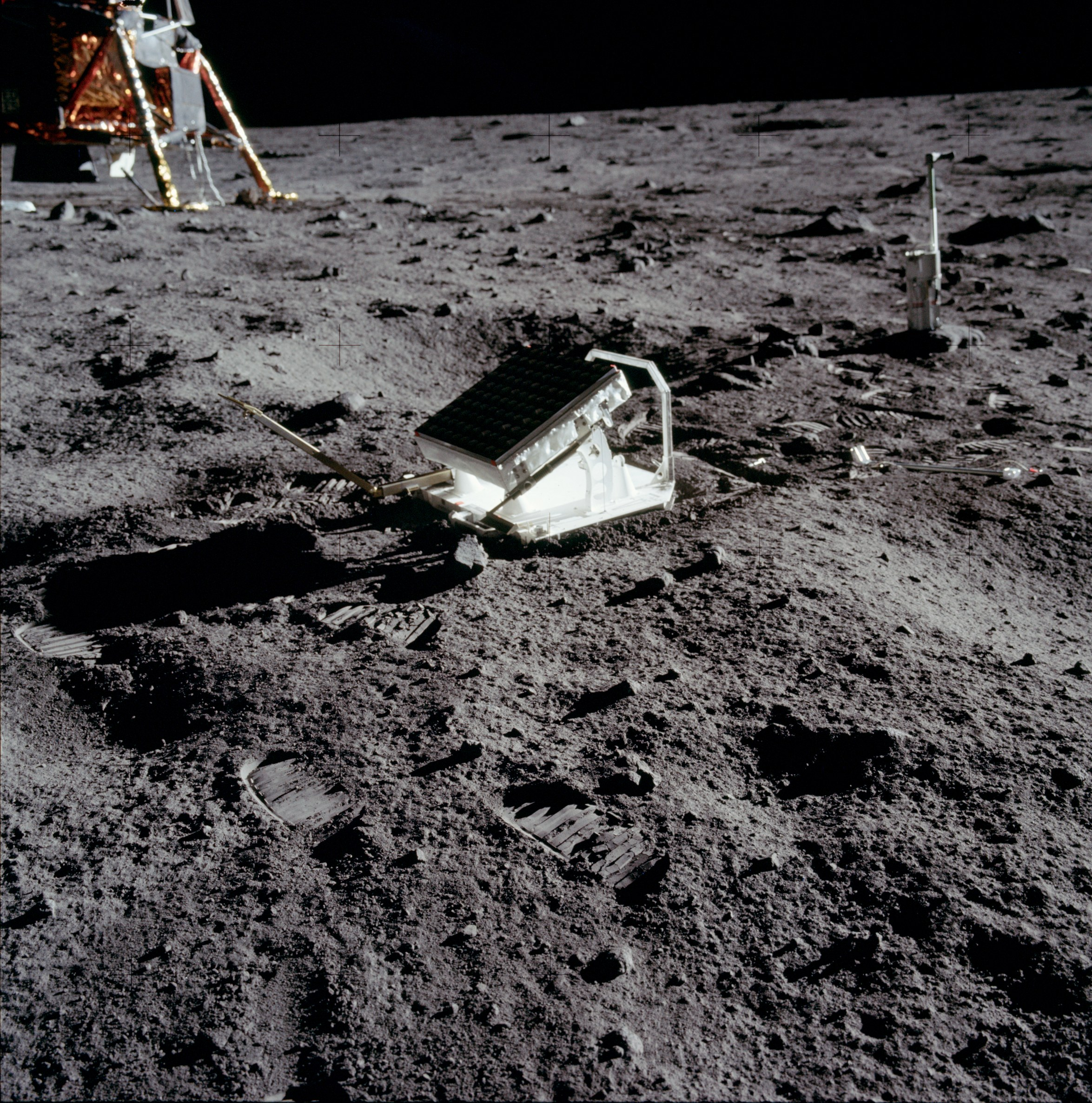 moon landing site junk - photo #25