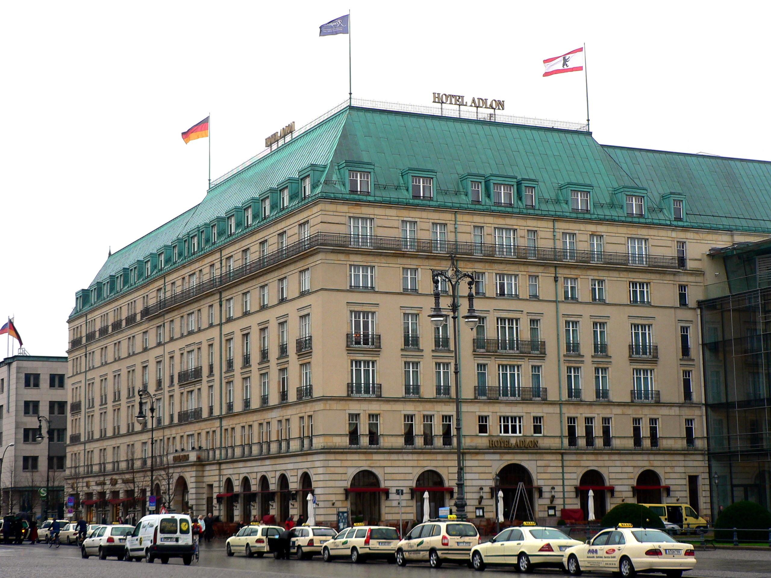 Hotel Berlin Pariser Stra Ef Bf Bde