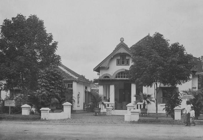 Image Result For Rumah Di Jakarta