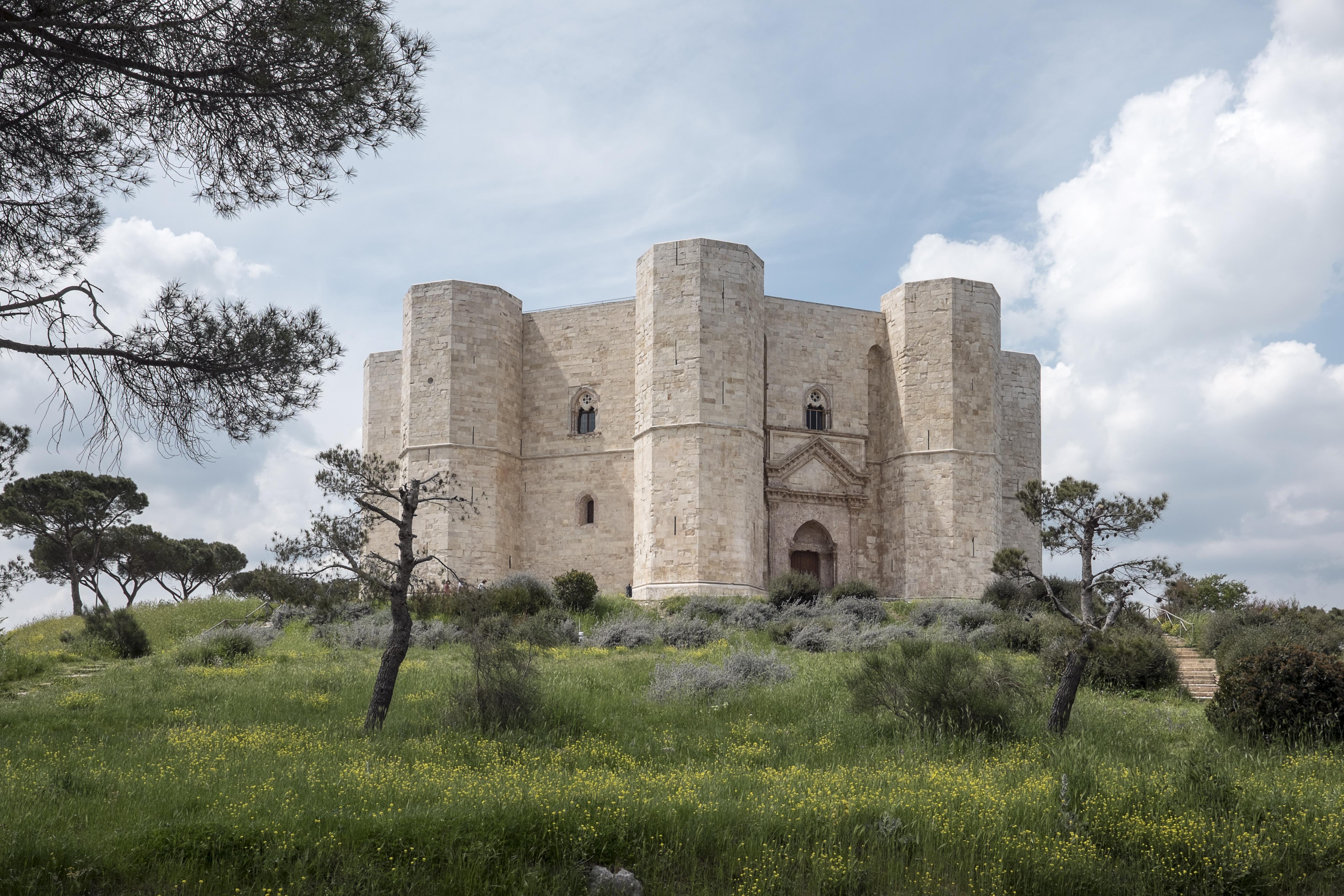 castel del monte - photo #13
