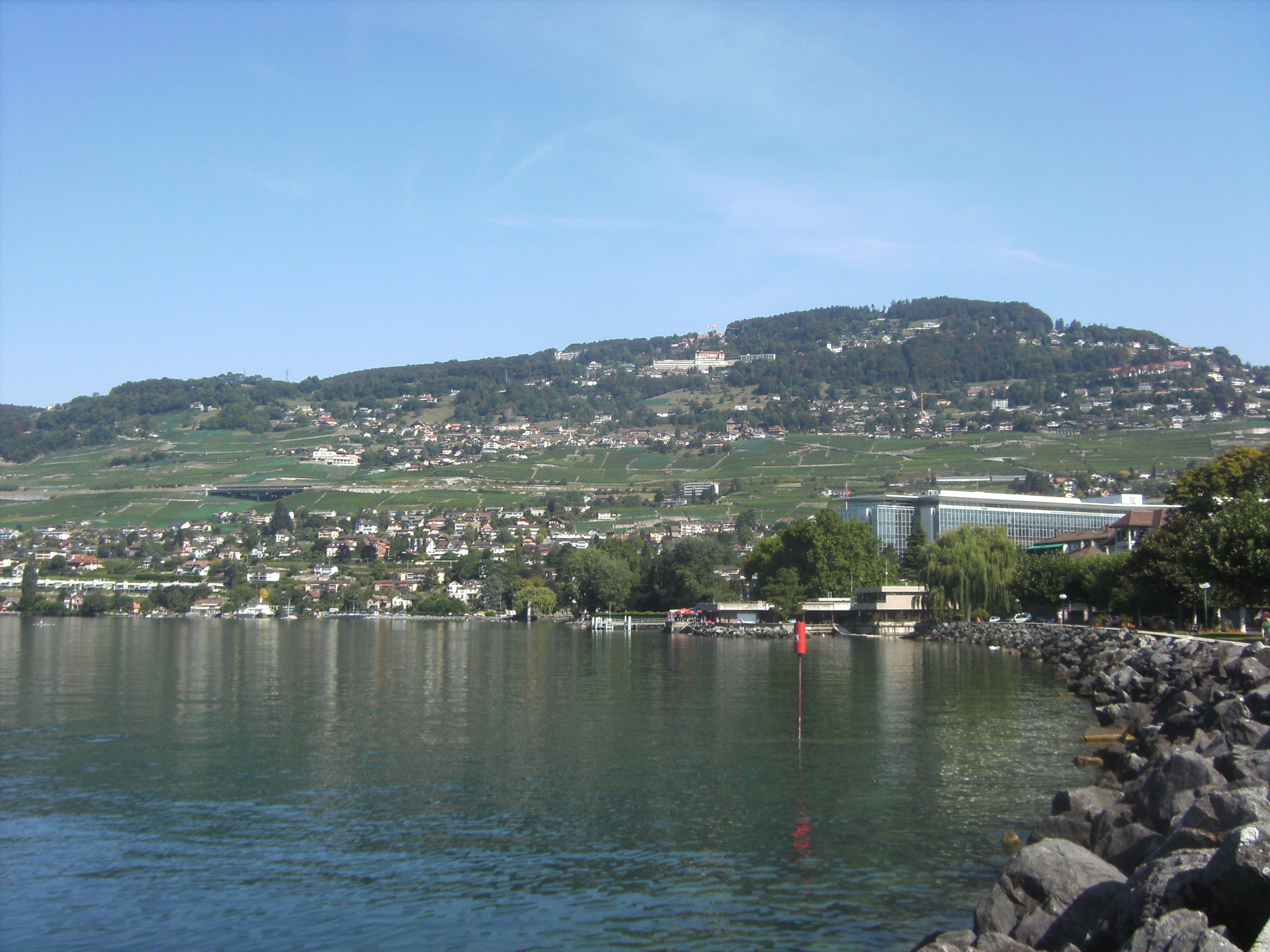 Mont-Pelerin Switzerland  city images : Chardonne Mont Pèlerin vu depuis Vevey Wikimedia Commons