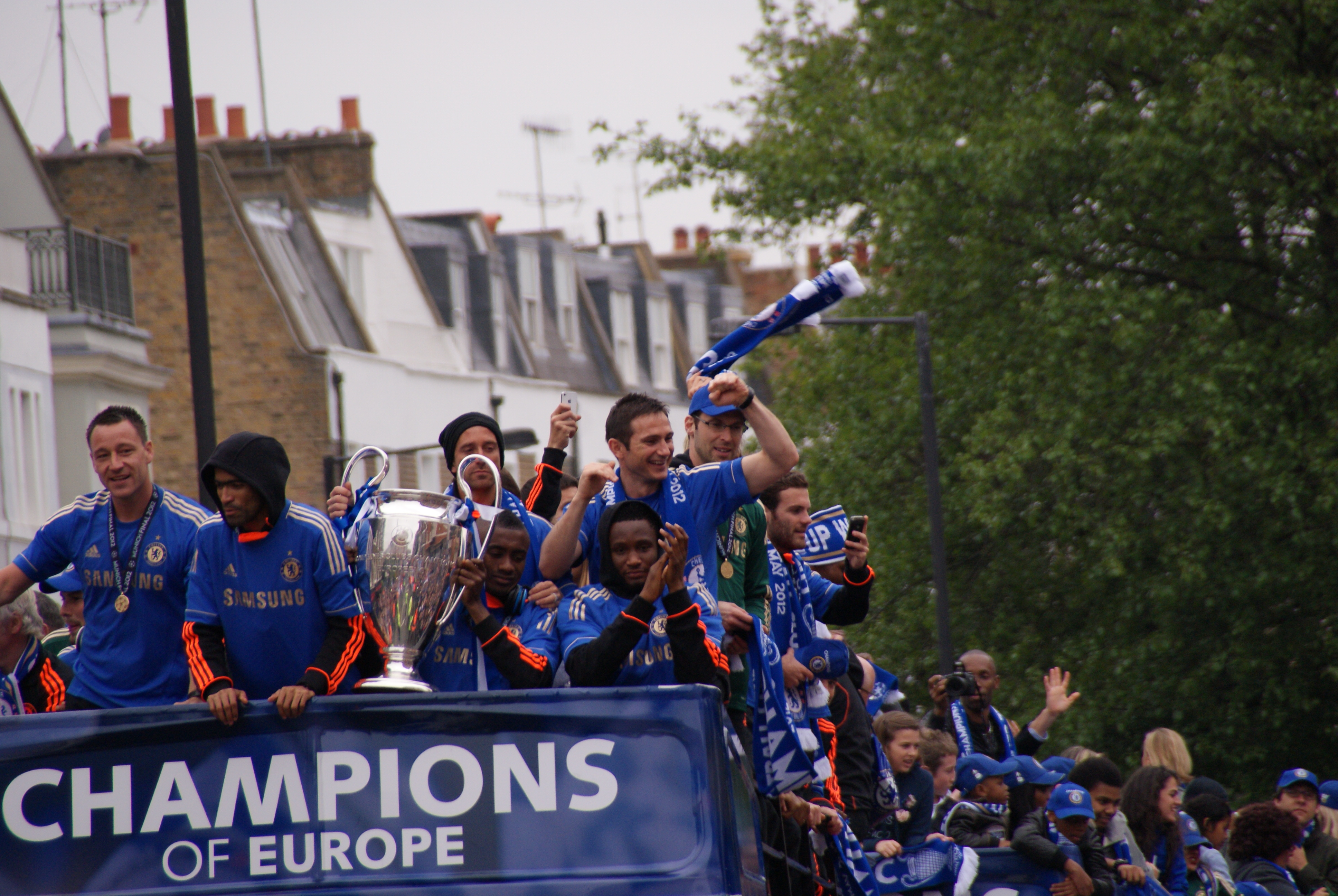 FileChelsea Champions League Trophy Parade 2012
