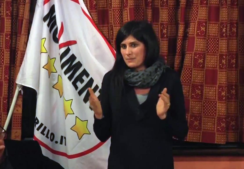 File:Chiara Appendino, incontro M5S a Castagneto Po.png - Wikipedia
