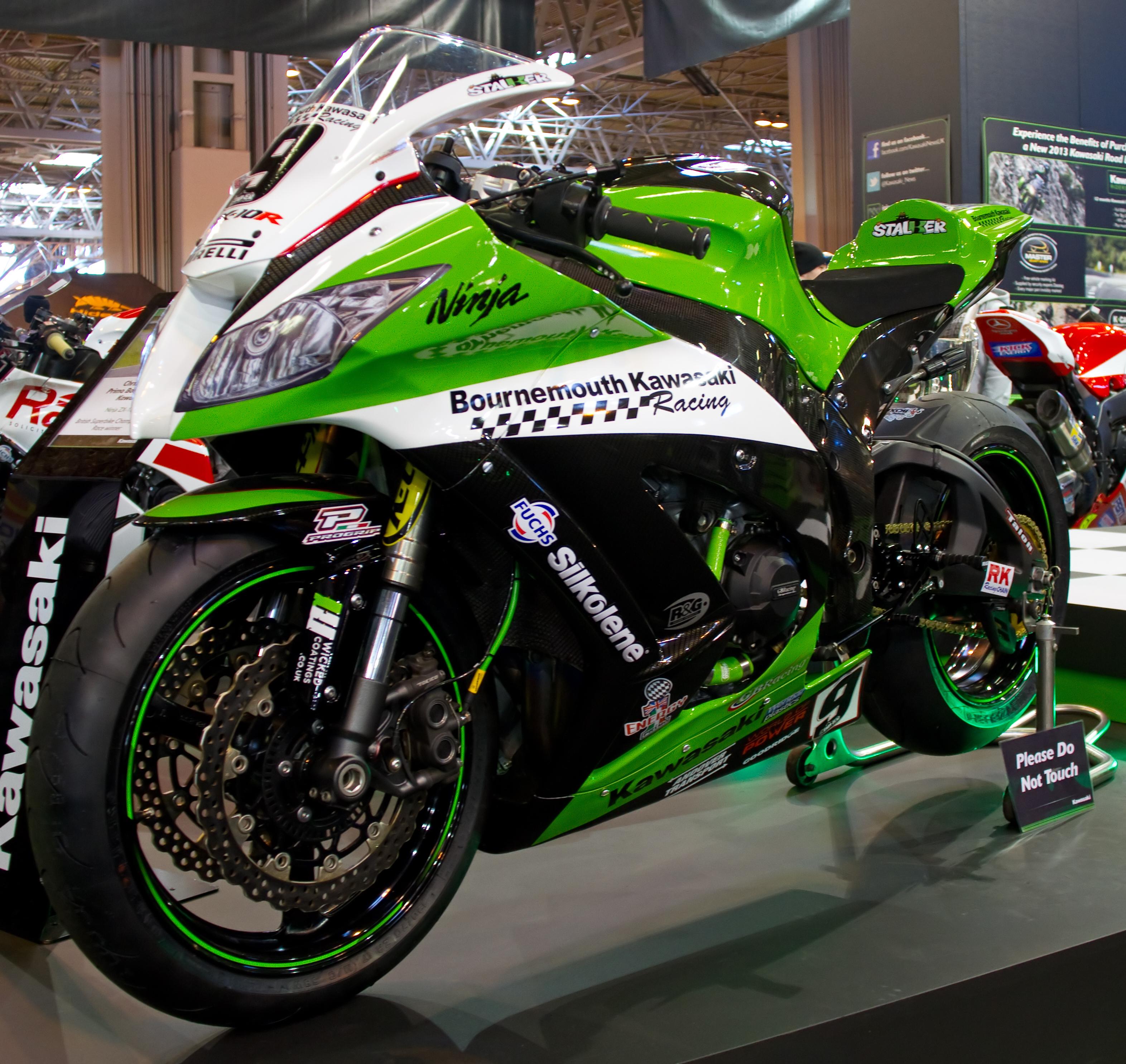 Nhung bo ao sac so cho Kawasaki ZX10R - 4