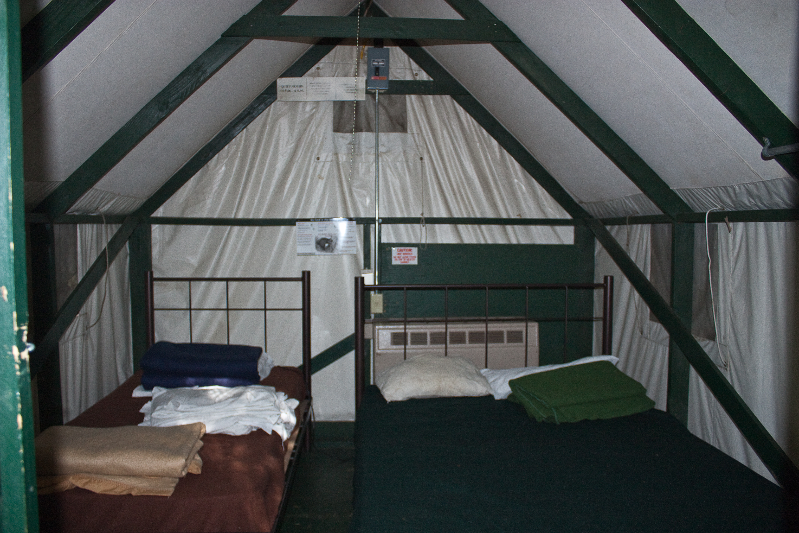 FileCurry-Village-Yosemite-tent-cabin-interior.jpg : permanent tent cabins - memphite.com