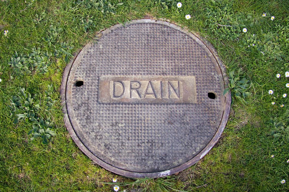 File drain manhole cover g wikimedia commons