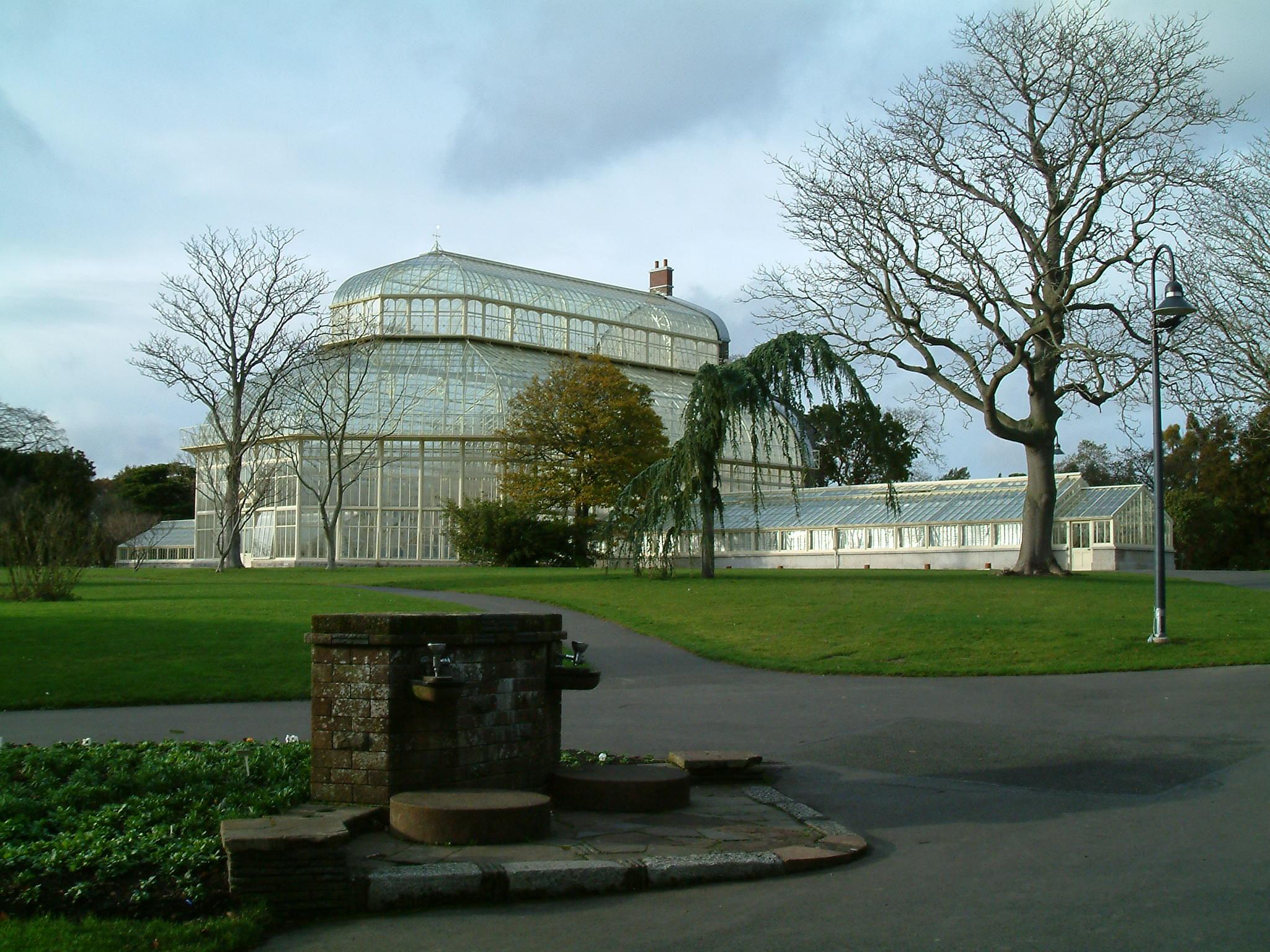 File:Dublin National Botanic Gardens Impression 1