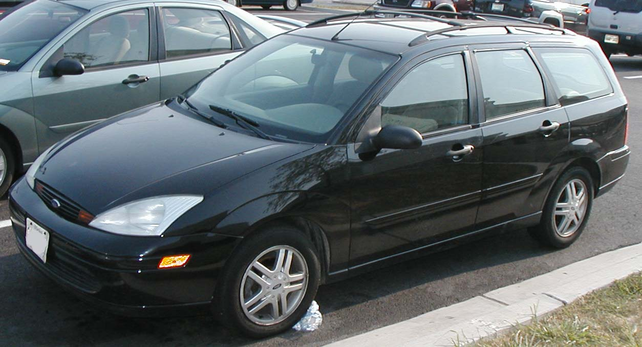 File Ford Focus Wagon Jpg Wikimedia Commons