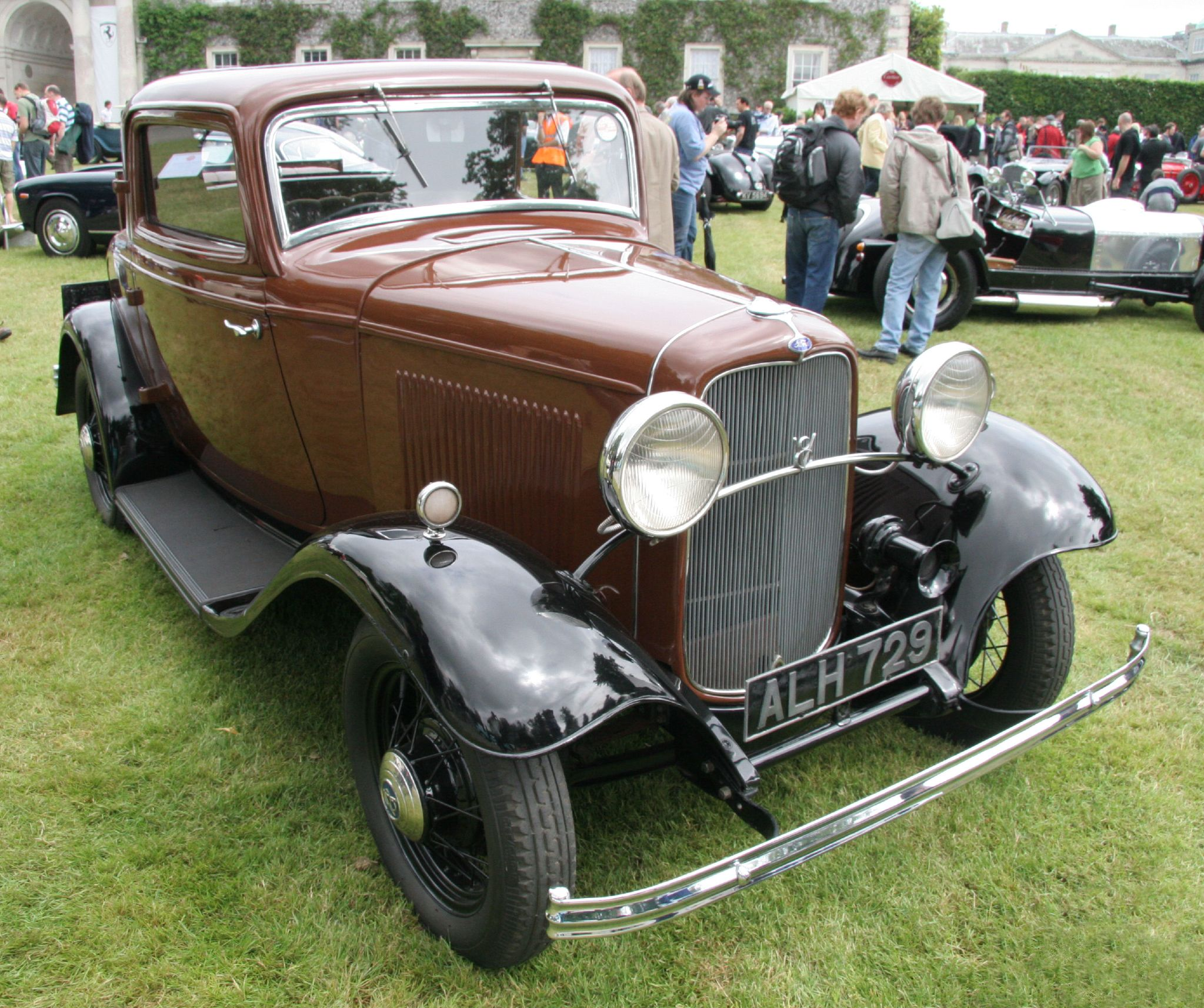 File:Ford 'Deuce' Coupe 1932