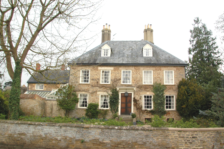 File:Fyfield OldBerks ManorFarmhouse.JPG - Wikimedia Commons