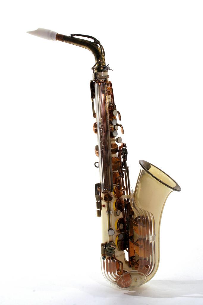 Description grafton plastic alto saxophone c 1950s jpg