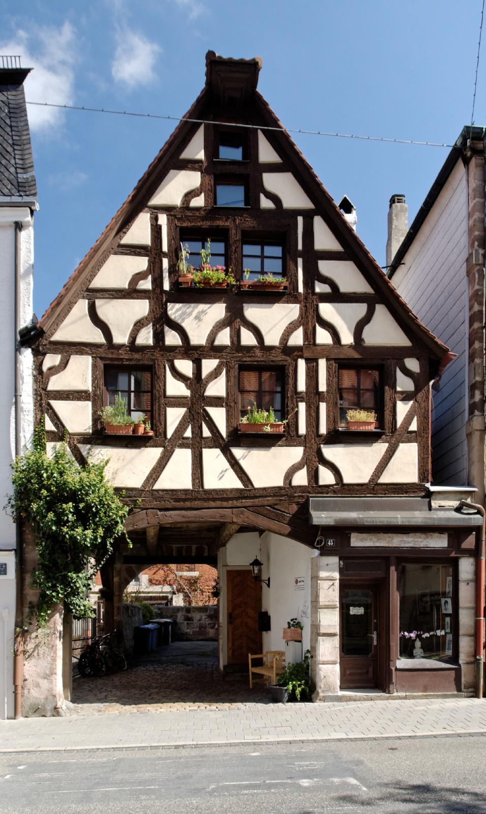 datei haus koenigstrasse 45 in fuerth von wikipedia. Black Bedroom Furniture Sets. Home Design Ideas