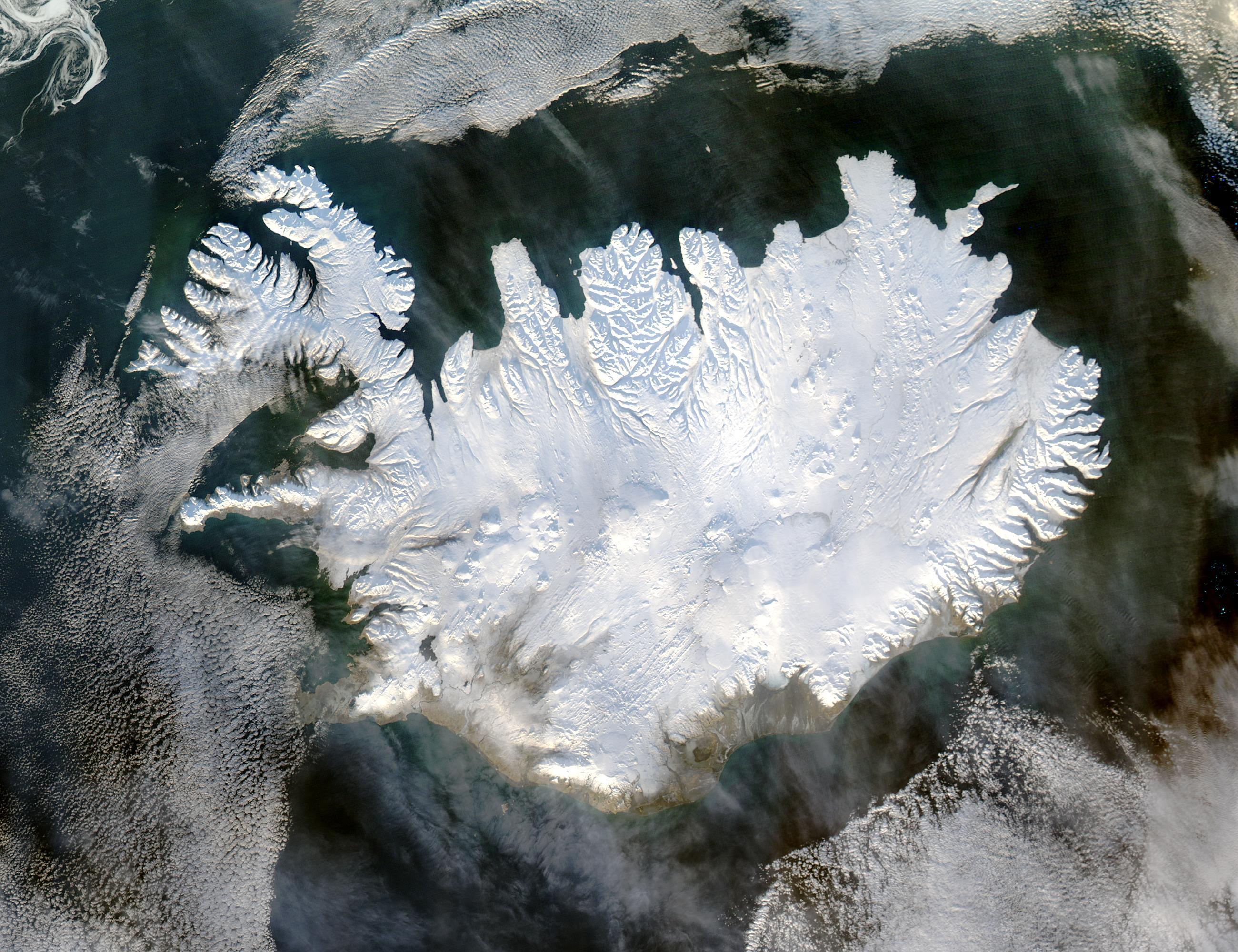 Island im Winter, aufgenommen vom NASA-Satelliten Aqua am 28.Januar 2004