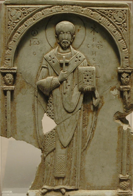 Bysantinsk klebersteinsrelieff av Johannes Krysostomos fra 1000-tallet, Louvre i Paris
