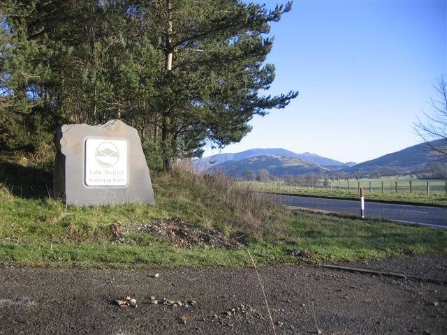 File:Lake District National Park Sign. - geograph.org.uk - 101130.jpg