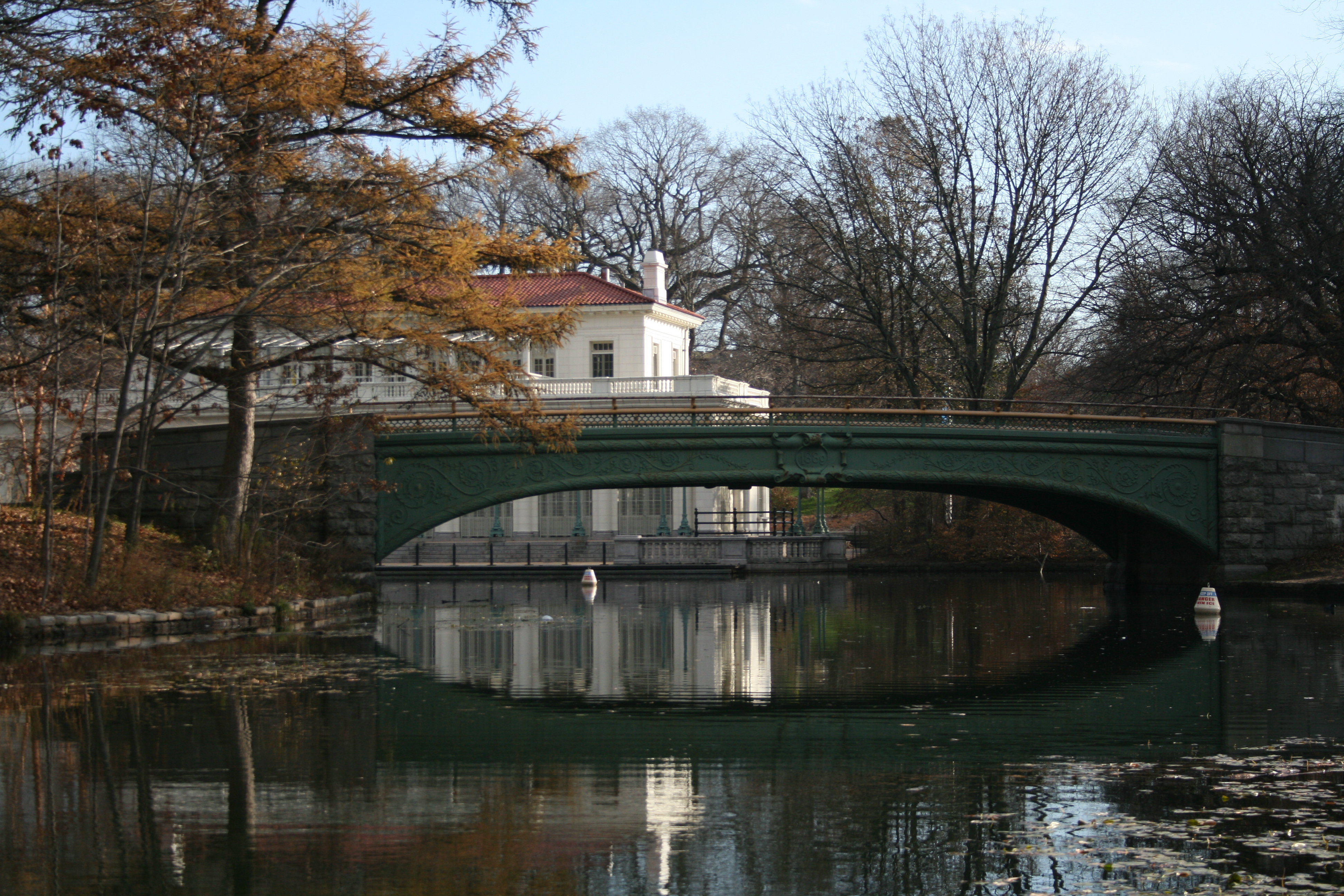 File lullwater bridge in prospect park from for Lull water