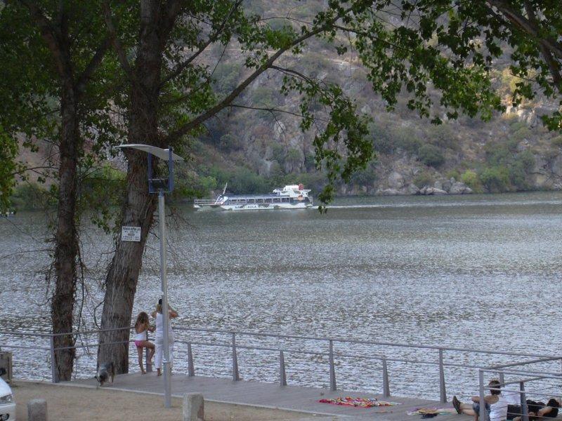 Image:MDouro dam.jpg