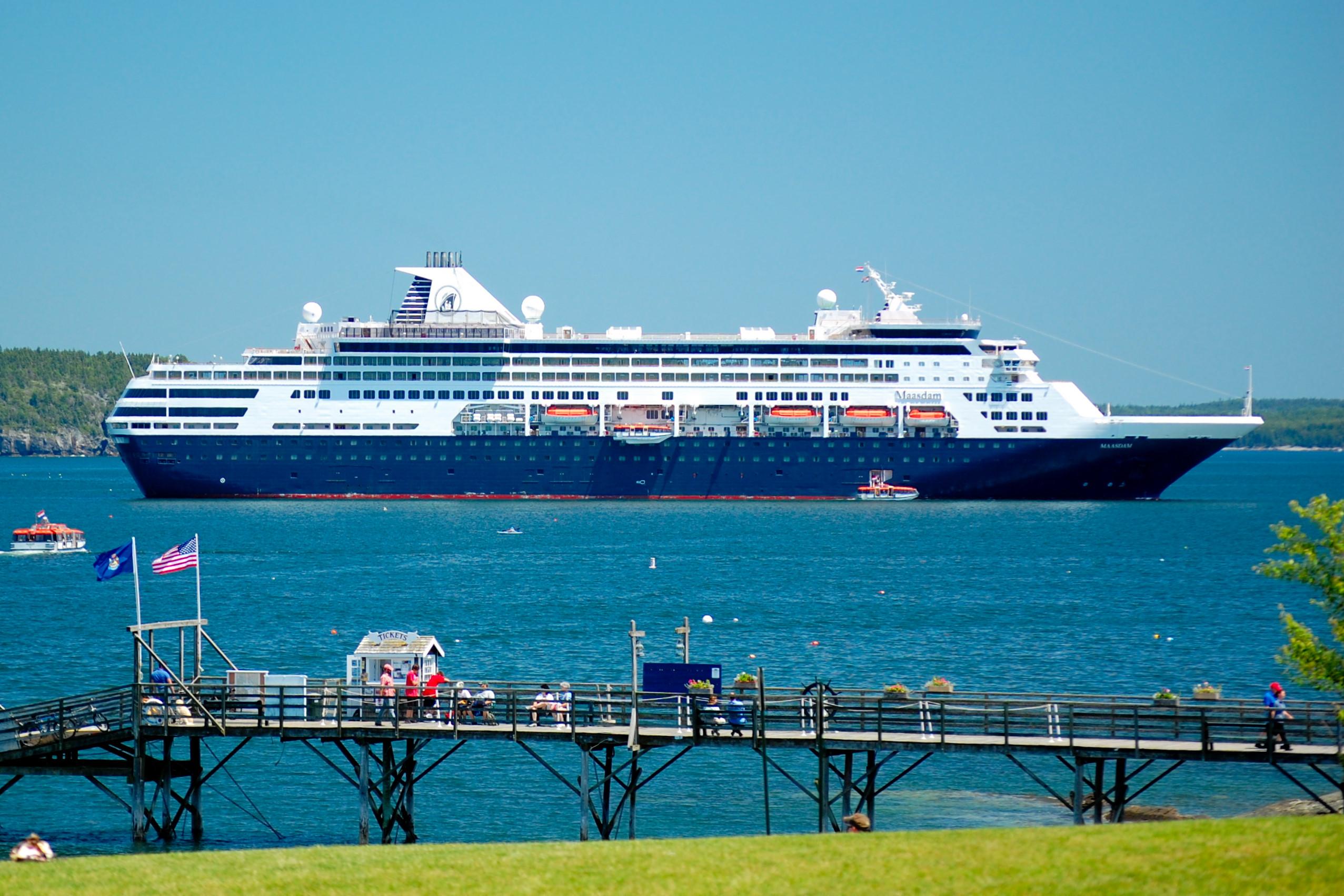 FileMS Maasdam Bar Harbor MEjpg Wikimedia Commons - Cruise ship bar harbor