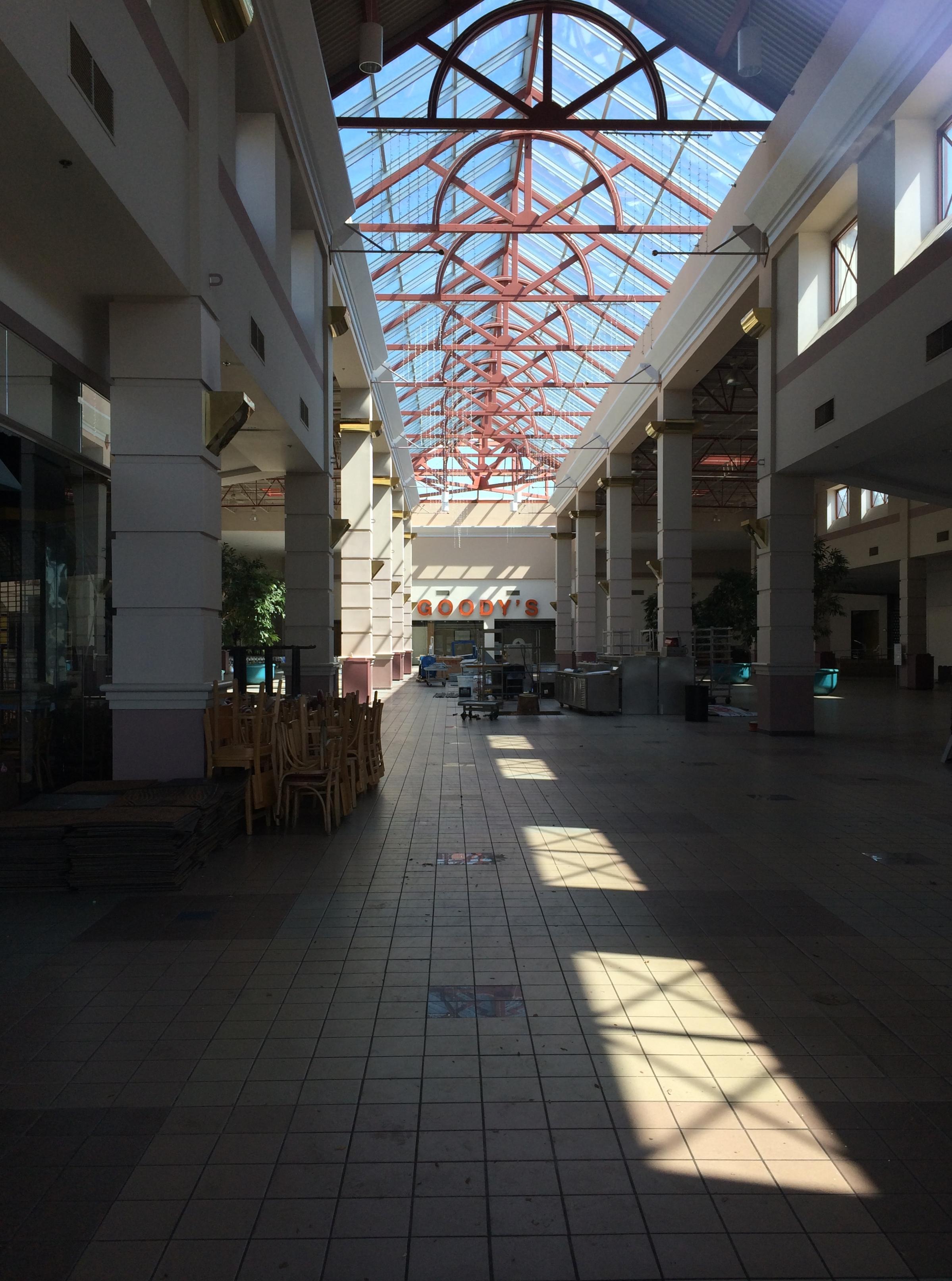 e76f44cb33 McFarland Mall - Wikipedia