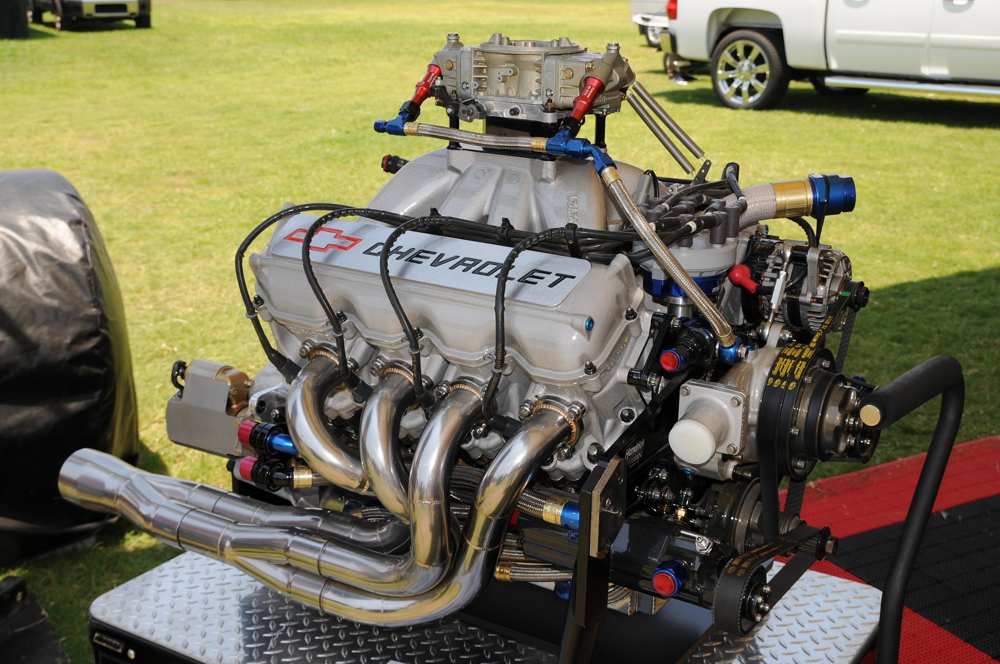File:NASCAR motor.jpg - Wikimedia Commons