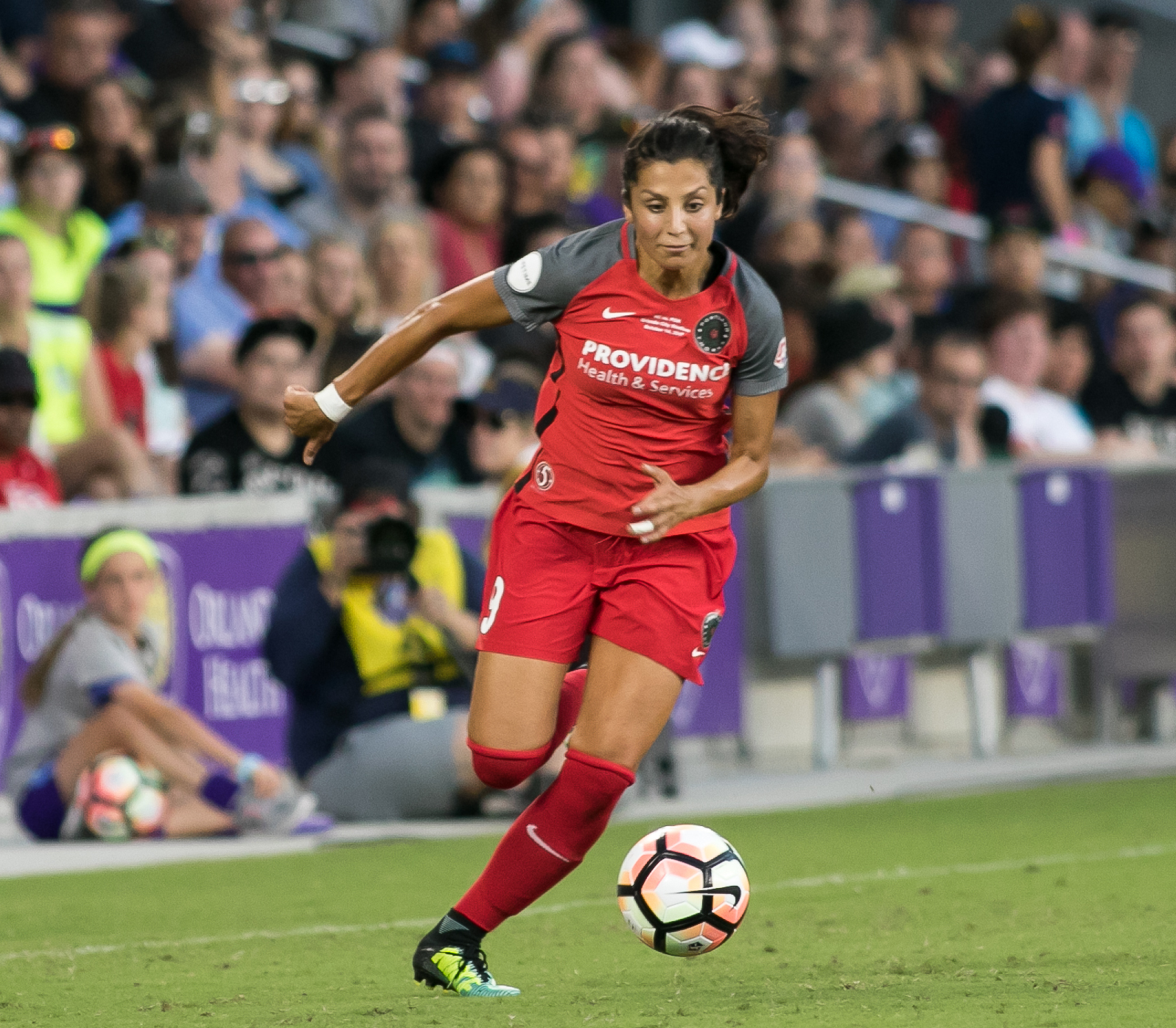 Nadia Nadim playing for the Portland Thorns FC in 2017