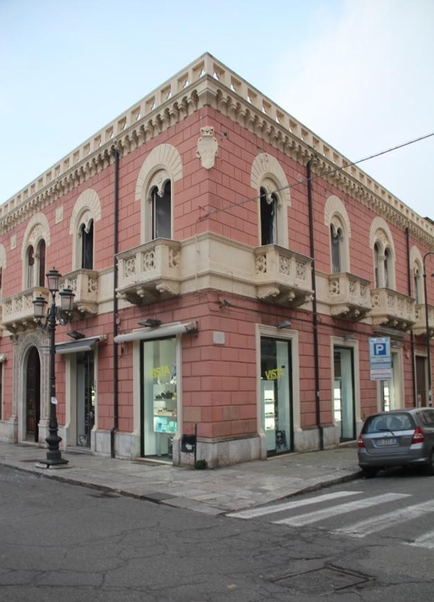 Palazzo vitale wikipedia for Palazzo a due piani