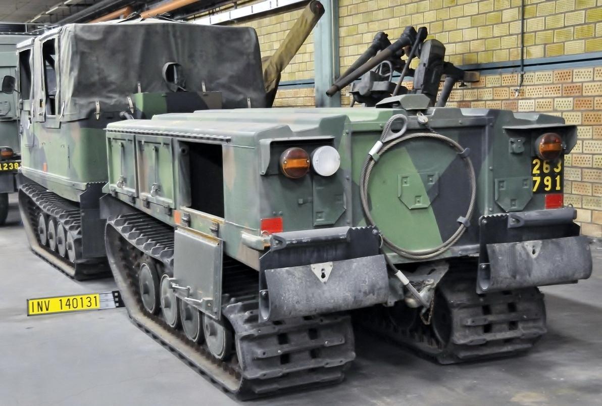 File:Pansarvärnsbandvagn 2062 (04).jpg