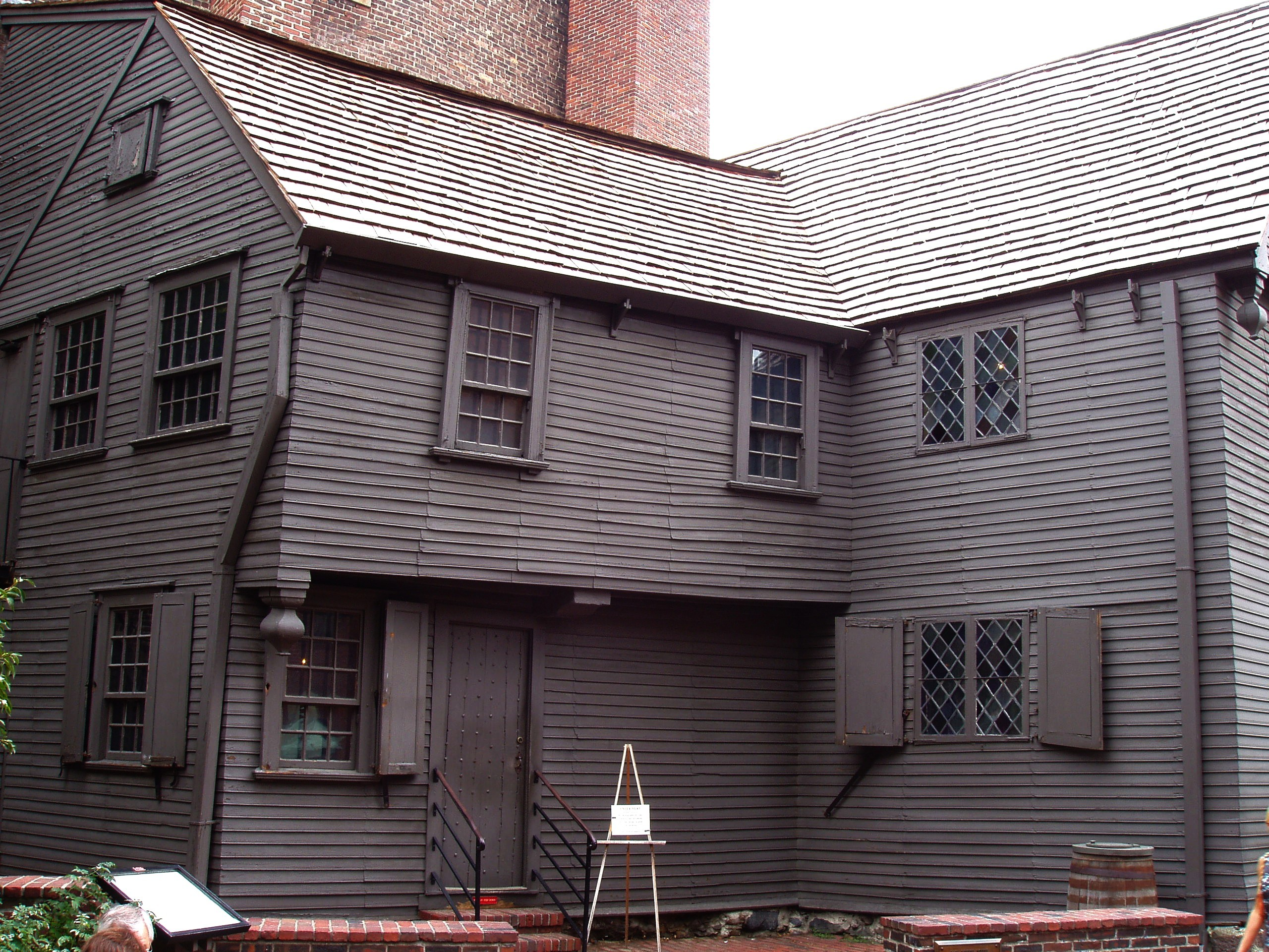 File paul revere house side wikipedia for Building house with side views