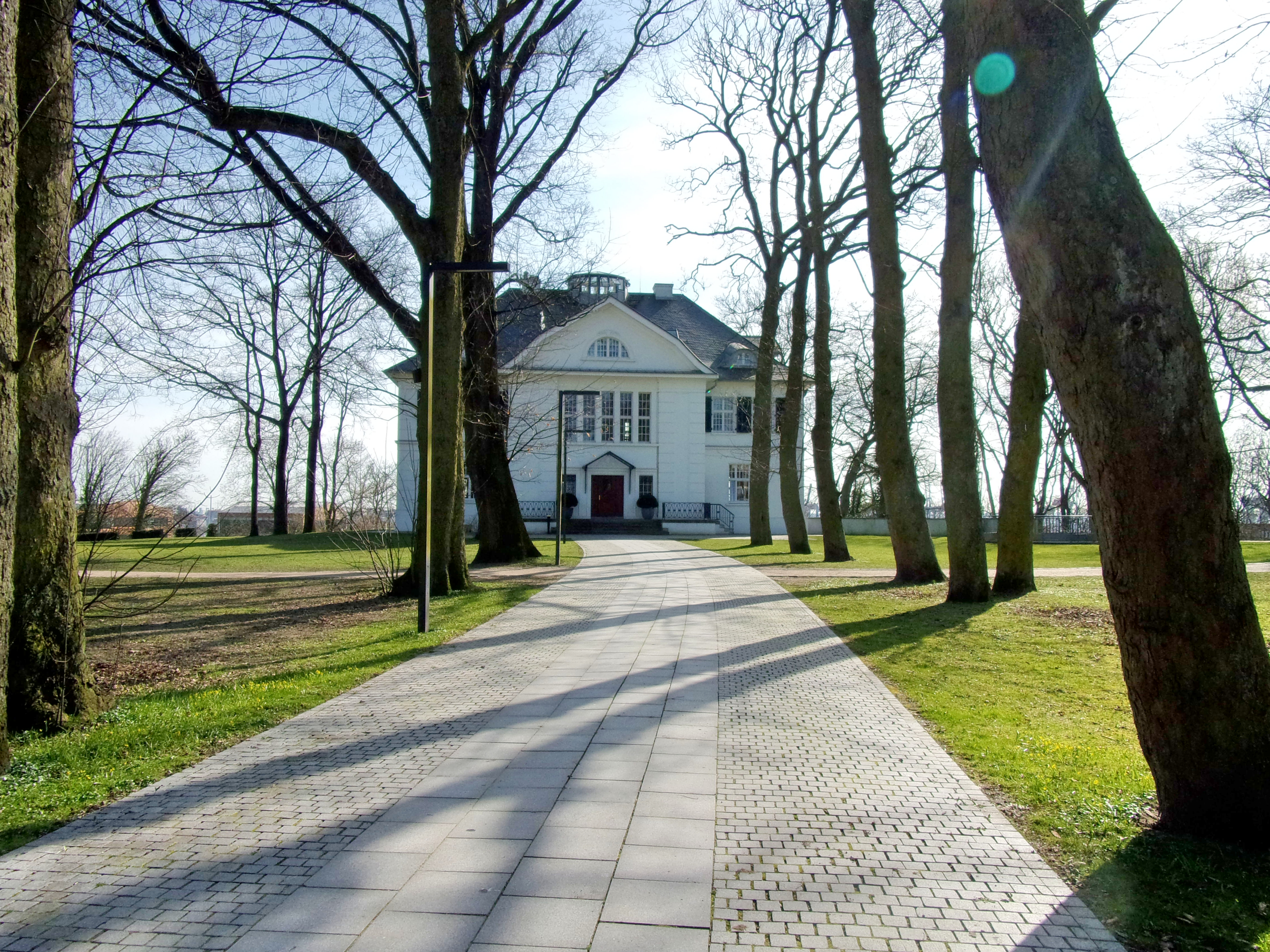 many fashionable official best authentic File:Plangesche Villa im Heine-Park (1).jpg - Wikimedia Commons