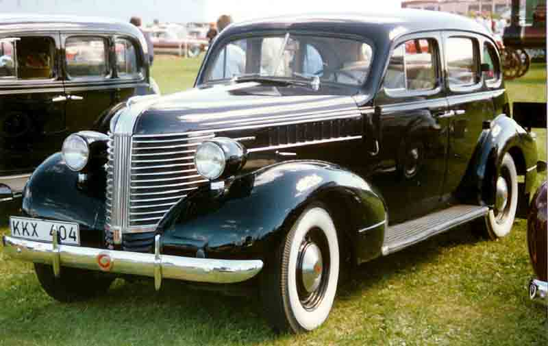Pontiac Touring Sedan