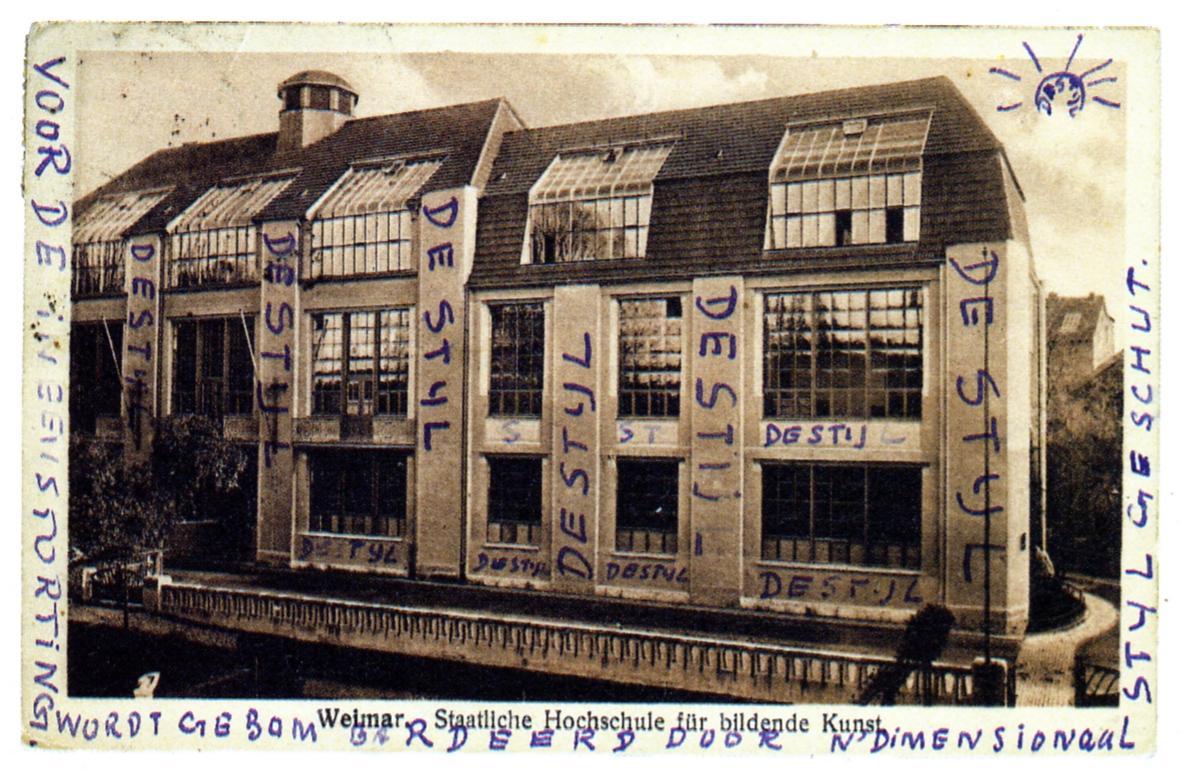 File postcard bauhaus with writings by theo van doesburg for Bauhaus berlin edificio