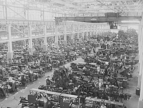 המפעל של פורד בדטרויט, 1944 [ויקיפדיה] - הפודקאסט עושים היסטוריה