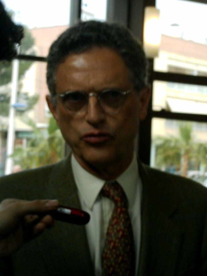 Luis Rojas-Marcos - Wikipedia, la enciclopedia libre