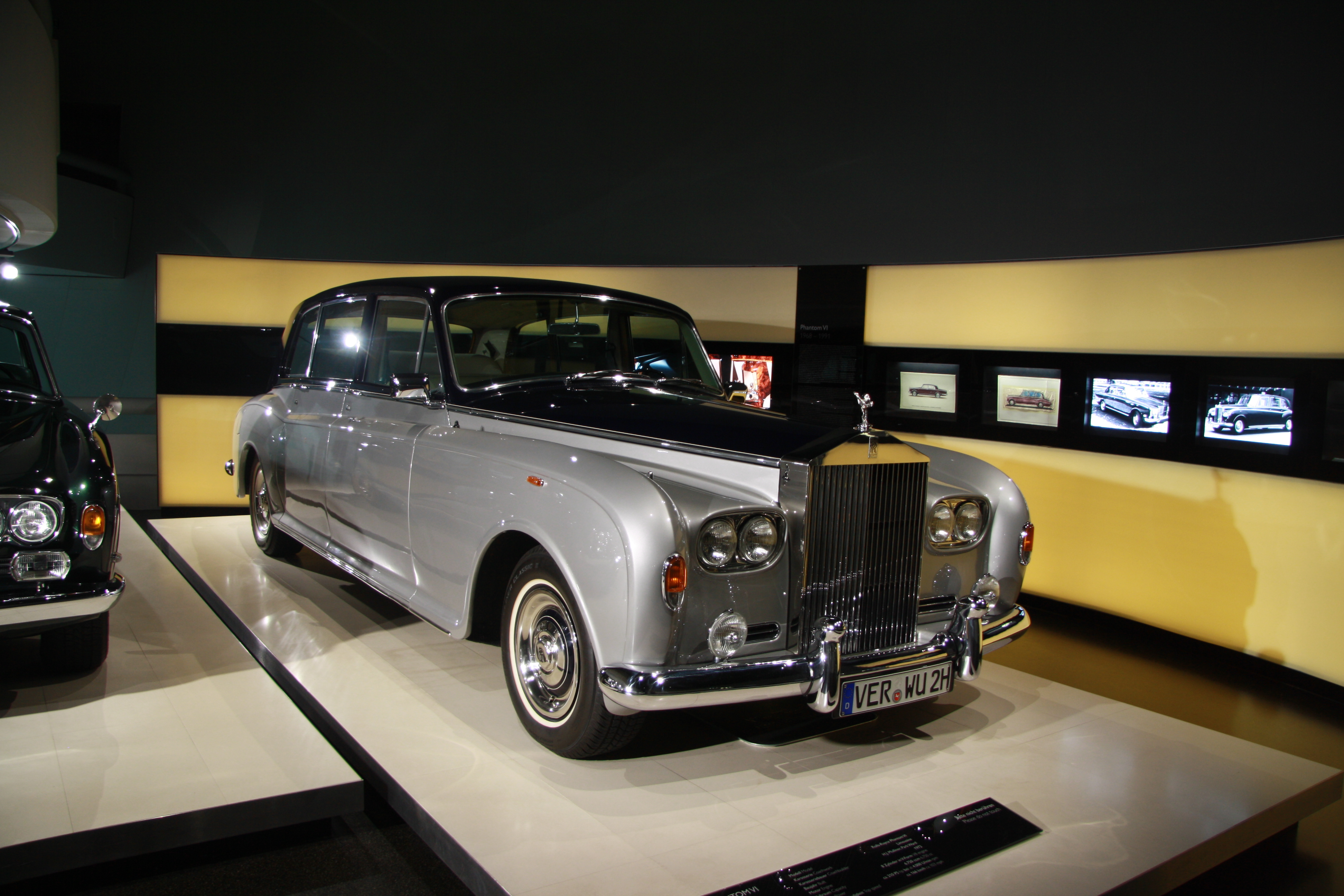 file rolls royce phantom vi in bmw museum in munich bayern jpg wikimedia commons. Black Bedroom Furniture Sets. Home Design Ideas