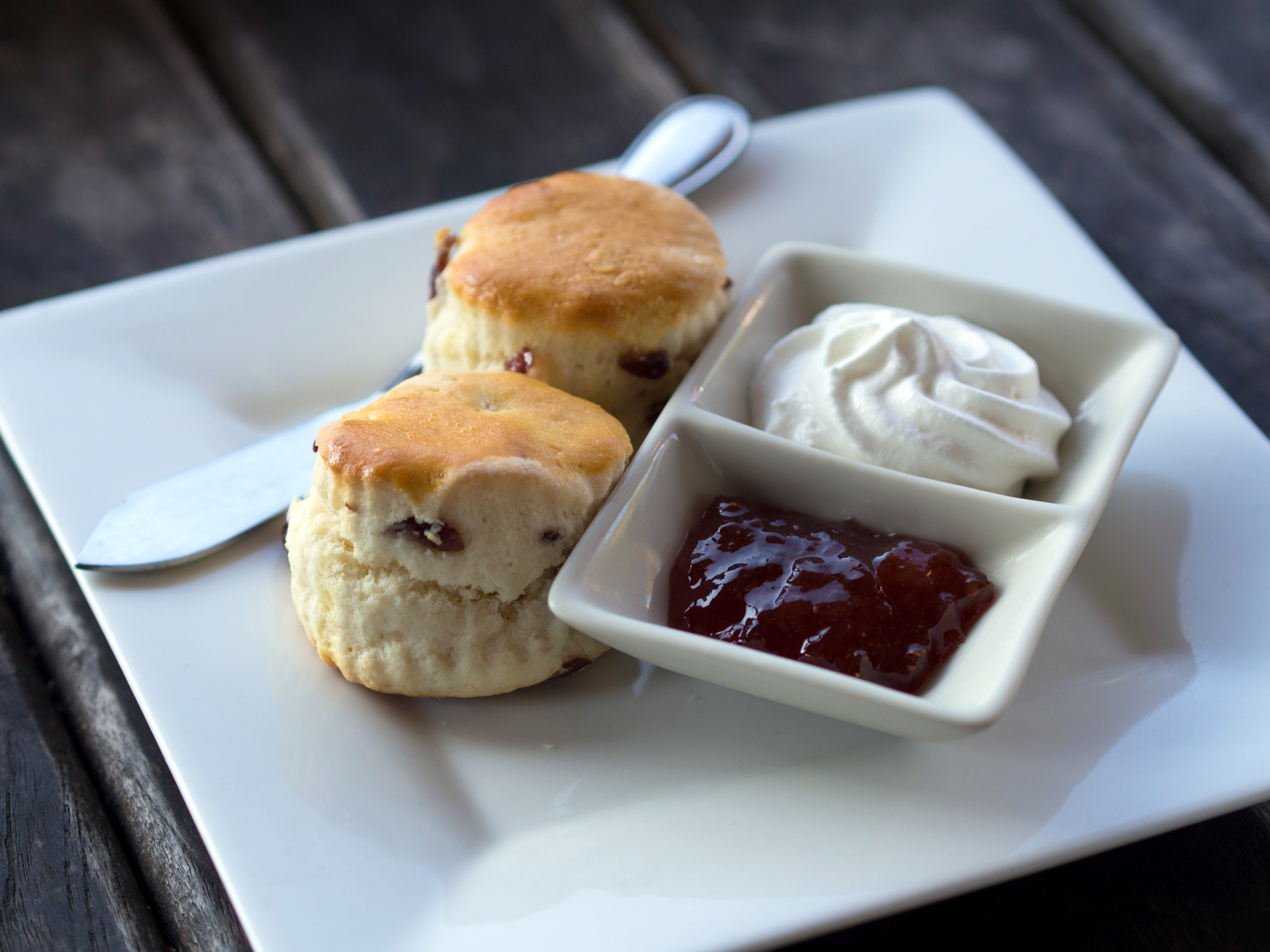 Jam And Cream Sponge Cake Recipe