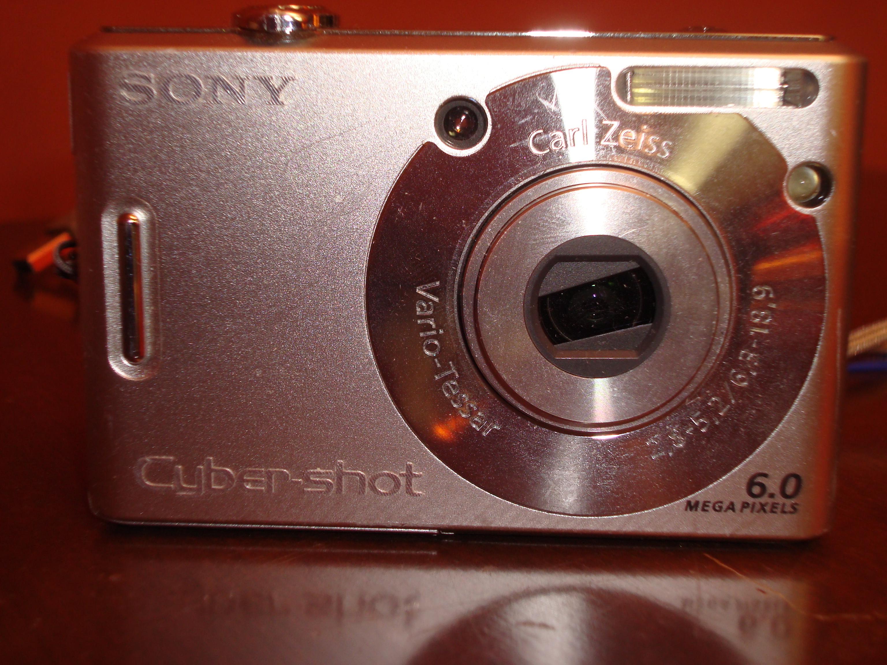file sony cybershot dsc w80 jpg wikimedia commons rh commons wikimedia org Amazon Sony Camera DSC -W 80 Sony DSC W55