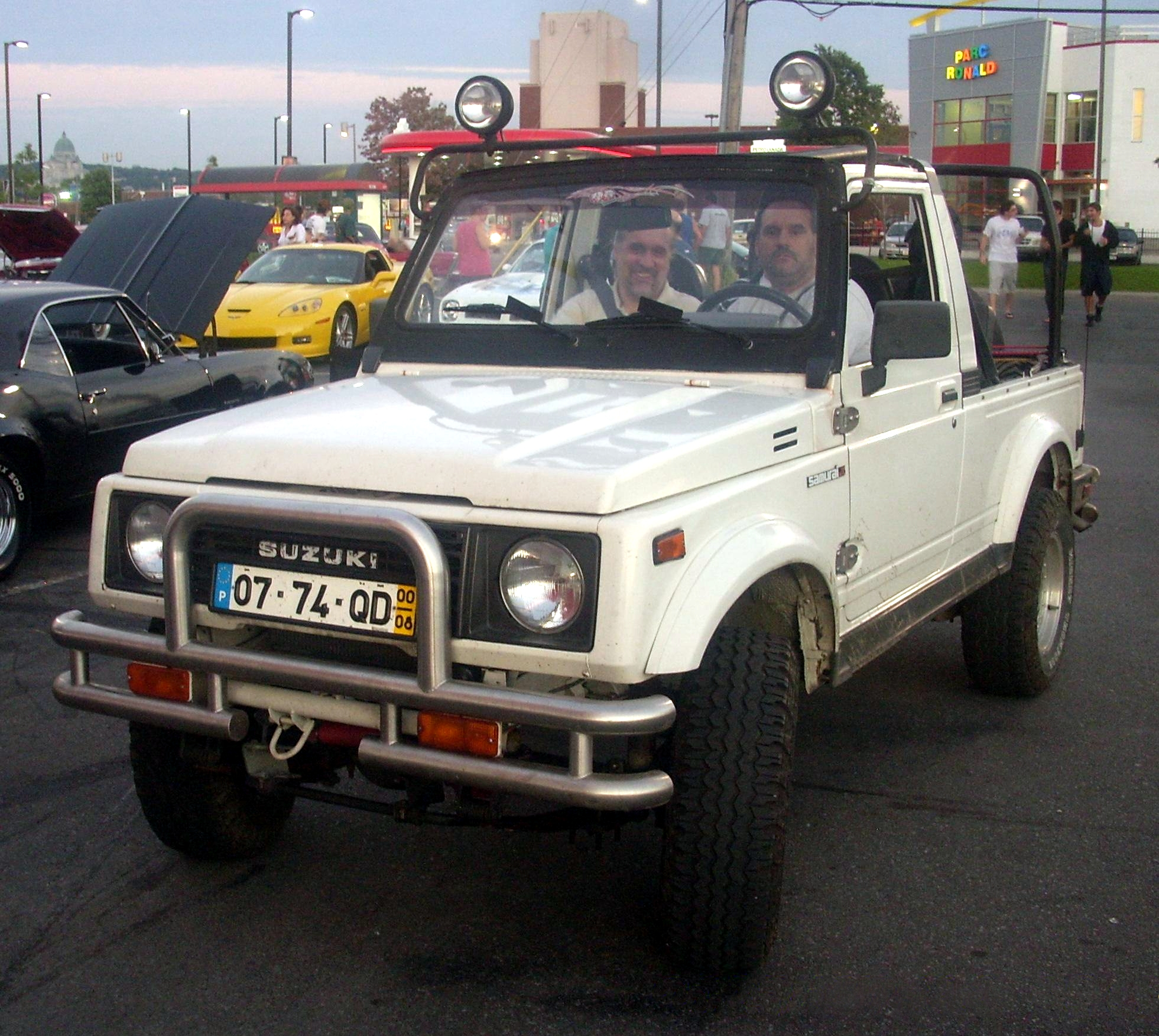 Suzuki Samurai instead of quad side by side vehicles convertible