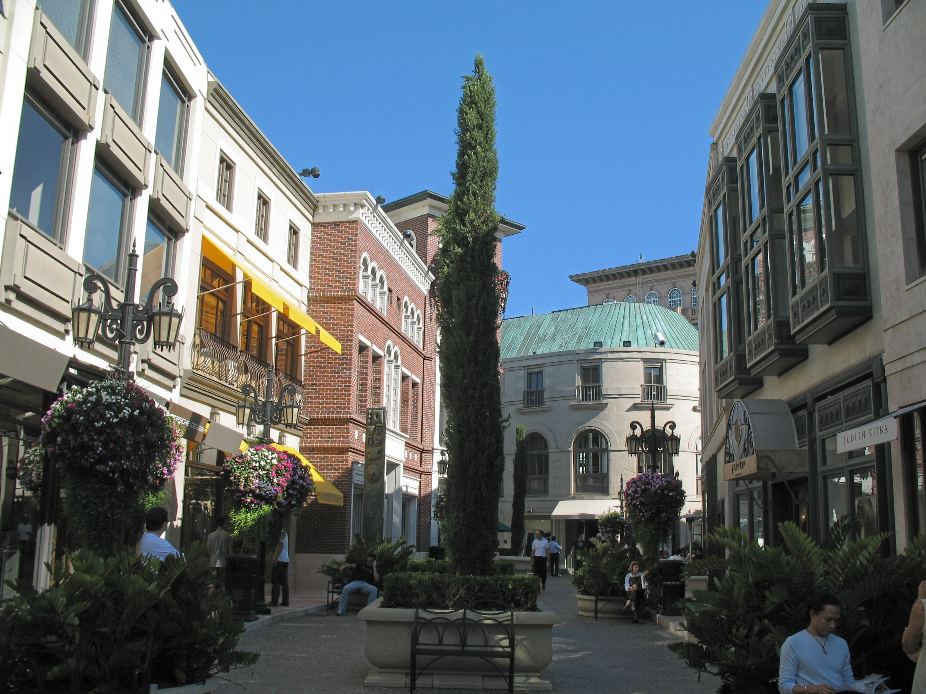Rodeo Drive Luxury Cars
