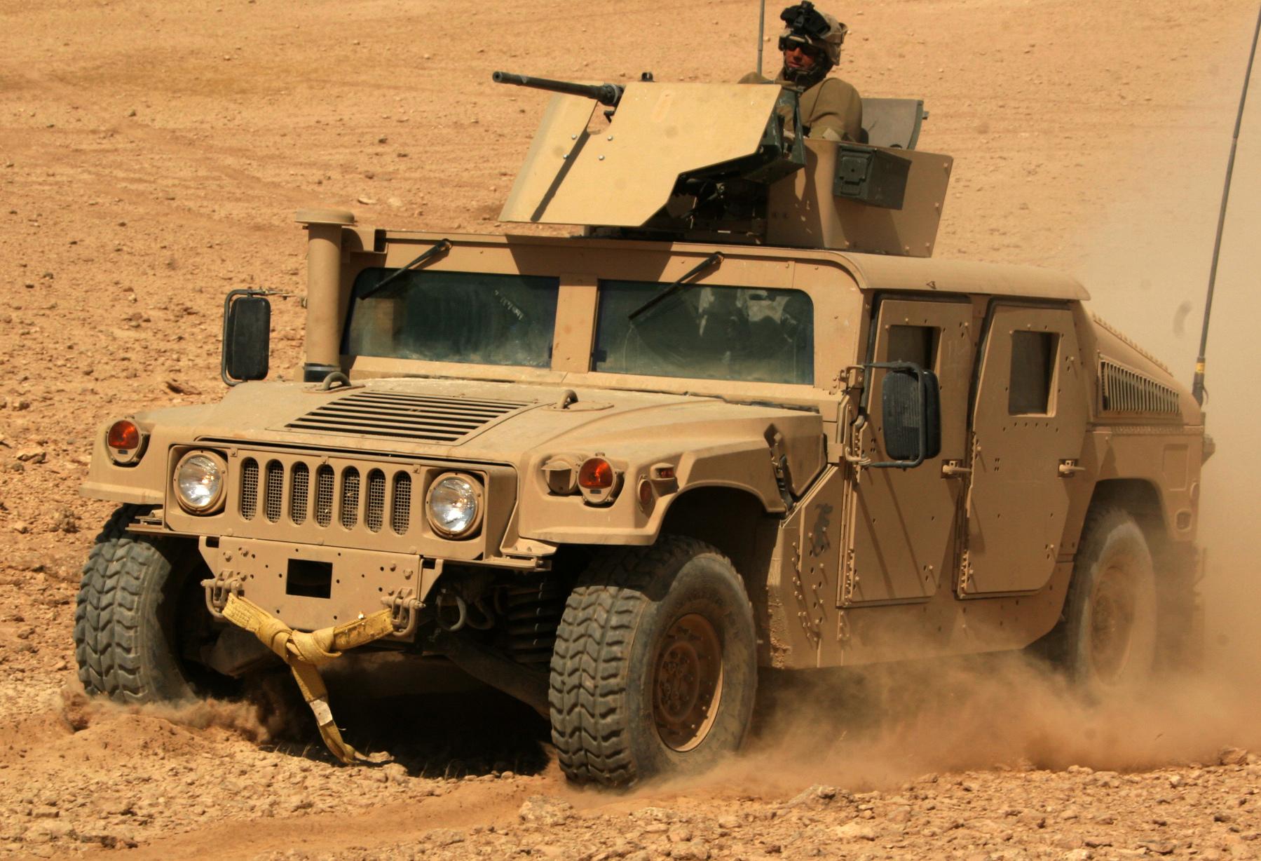 Military light utility vehicle - Wikipedia