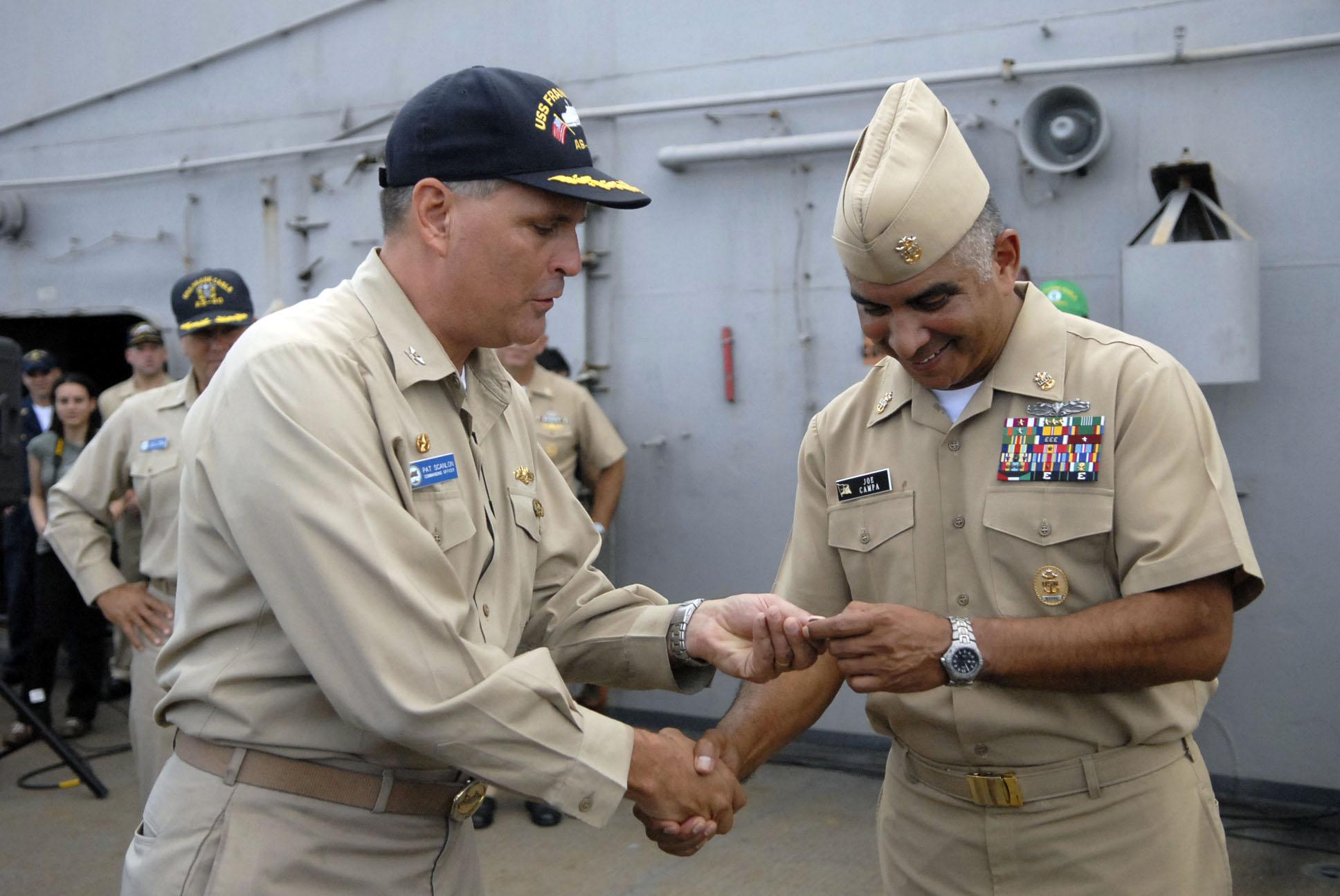 file us navy 081003 n 9818v 198 capt patrick scanlon commanding