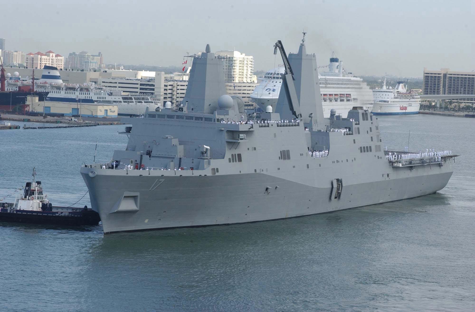 US Navy - Page 2 Uss_san_antonio_1330453