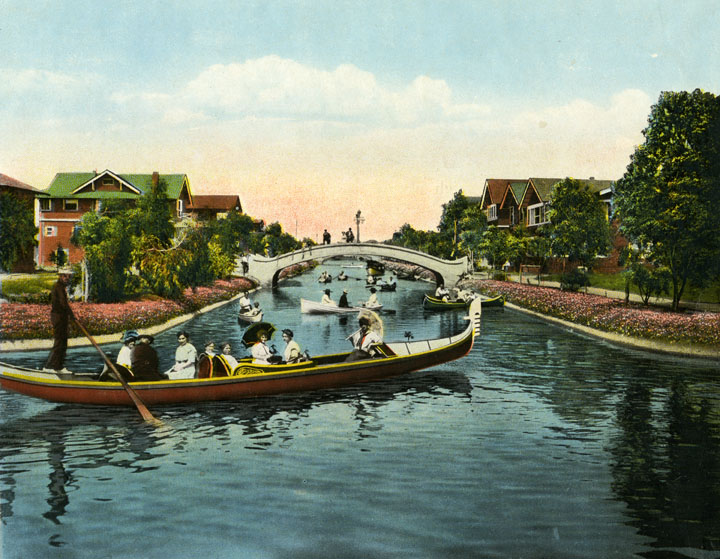 A gondolier on the Venice Canals, 1909.