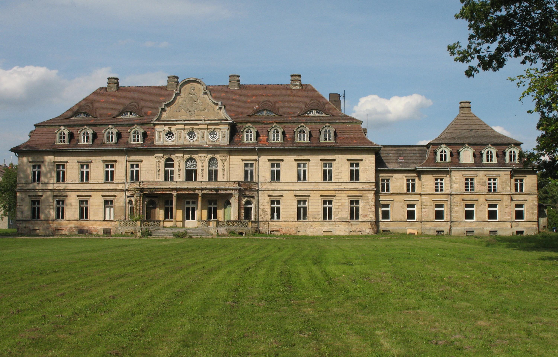 Chateau A Restaurer A St Desire  Se Loger Com