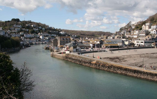 West and East Looe with the river from Hannafore road - geograph.org.uk - 759559