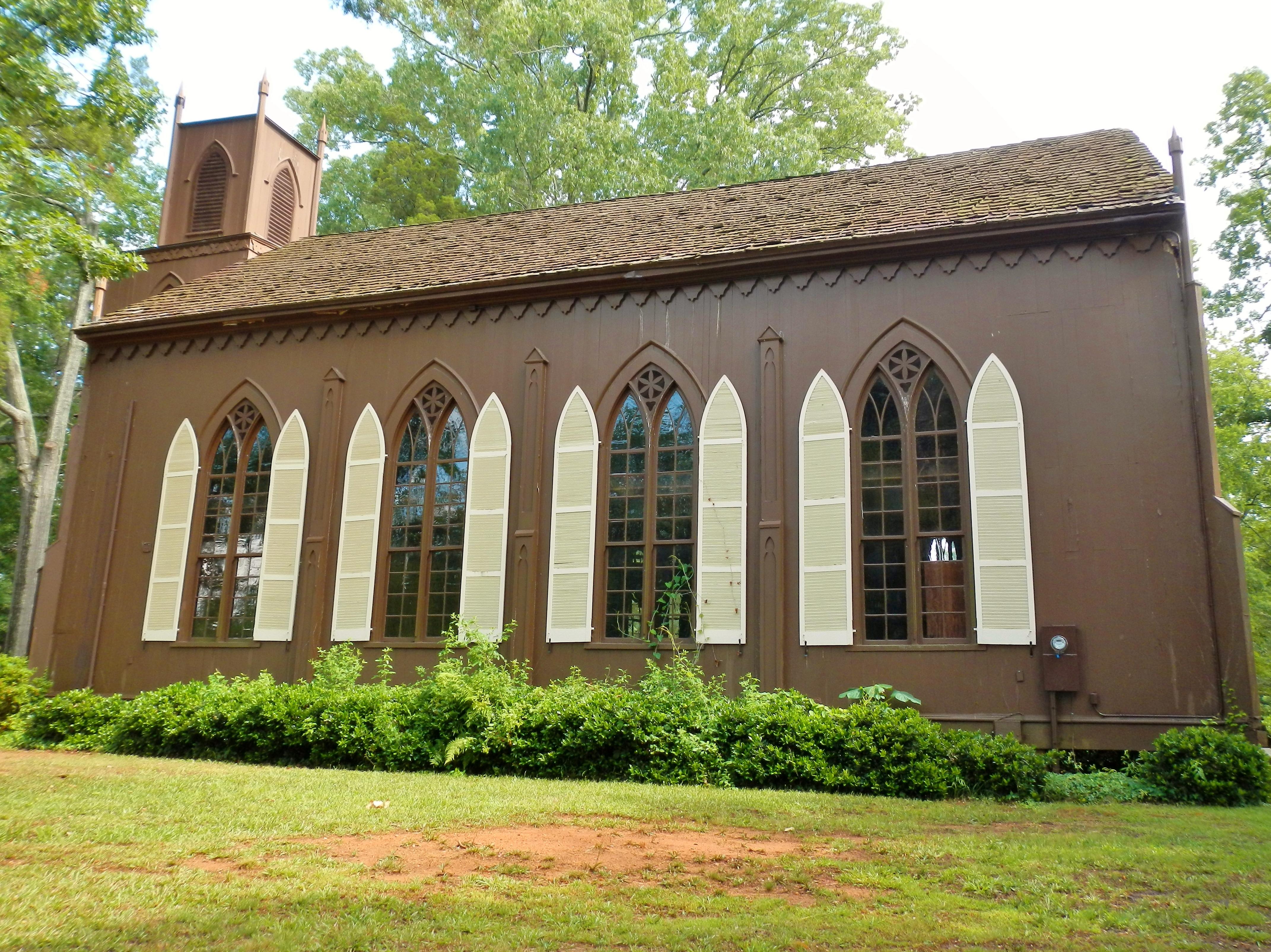 http://upload.wikimedia.org/wikipedia/commons/0/08/Zion_Episcopal_Church_(NRHP)%3B_Talbotton,_GA.JPG